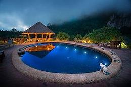hotel piscine khao sok