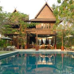 villa bois thailande
