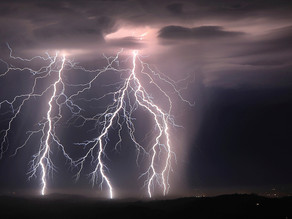 The Science Behind: Lightning