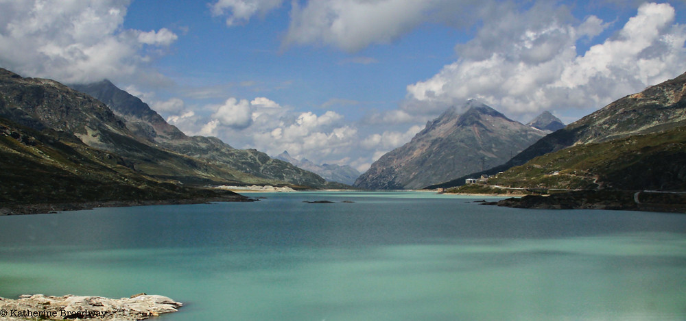 Image of a turquoise mountain lake. Raleigh Psychotherapy, Counseling, silence, Katherine Broadway