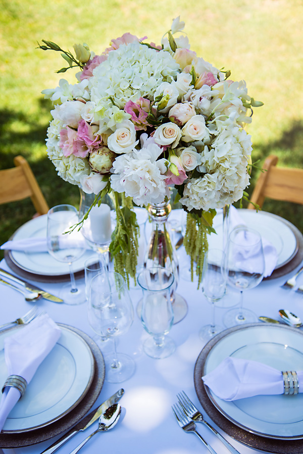 White & Peachy Centerpiece
