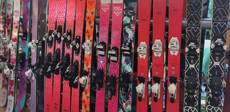Skibörse Ski Ski- und Snowboardausrüstung
