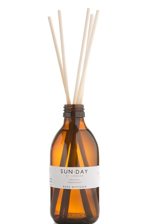 Sun.day IV. Sous Les Couvertures Botanical Reed Diffuser