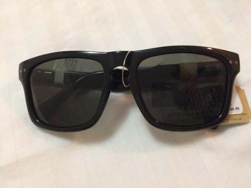 2cdc2685a Óculos de sol. Marca Levis Produto original importado dos EUA a pronto  entrega no Brasil Produto novo. Frete por conta do comprador