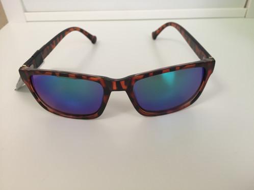 bc2b680b1fe60 Óculos De Sol Converse Original Importado Dos Usa