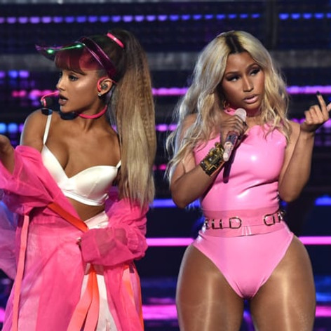 MTV VMA's - Side to Side
