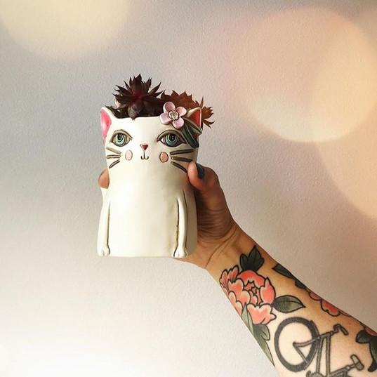 Pretty Kitty Allen Design Planter!