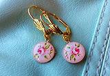ピンクのローズイヤリング