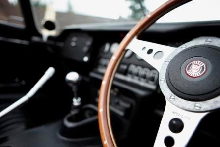 Jaguar E Type dashboard