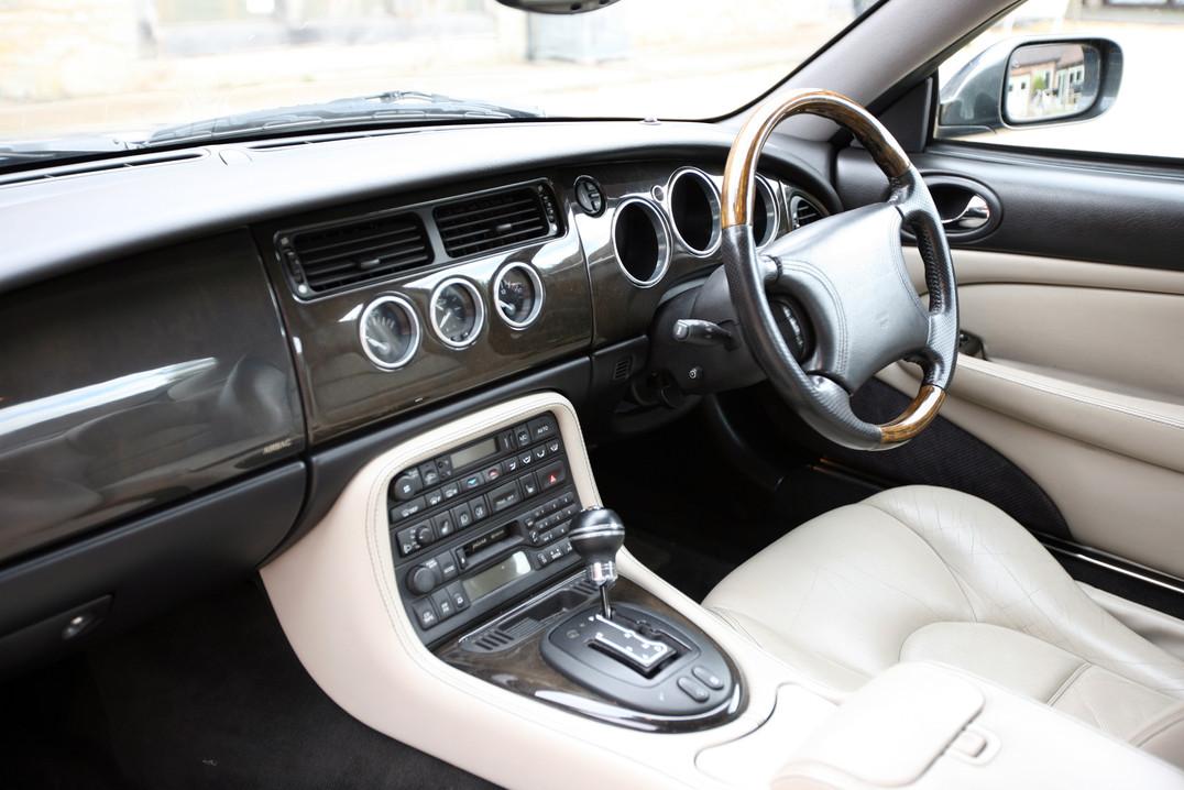 xk coupe 6.JPG