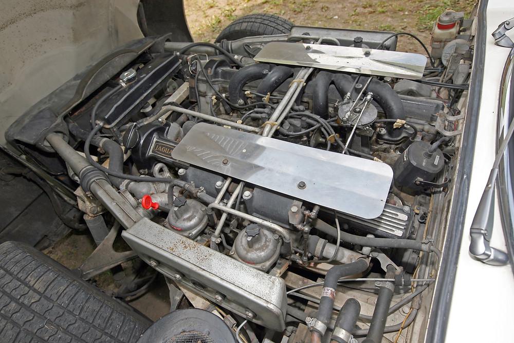 Jaguar E Type V12 engine