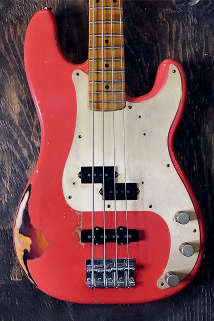 J-bass P-bass.jpg