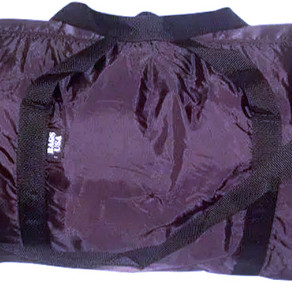 BagsUSAMfg Extra Large 30x13x12 Lightweight Folding Duffle Bag (Multiple Colors / Styles)