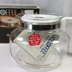 MrCoffee Glass / White Plastic Coffeepot Model D-7C (10cup capacity)