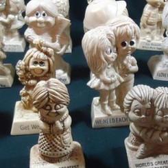 Wallace&RussBerrie&Co Vintage Plastic Decorative Collectable Joke Figures (Multiple Varieties)