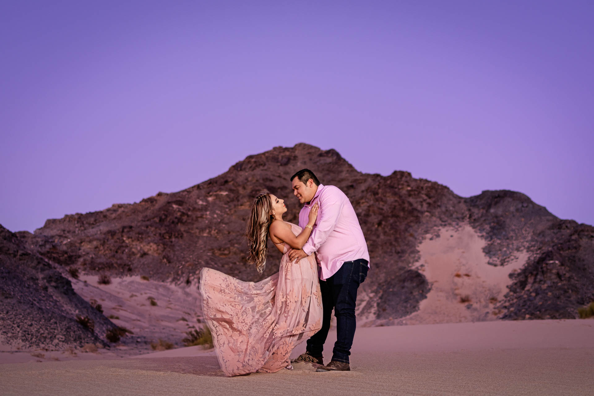 Fotografia de Boda - Foto de sesion previa en las dunas del desierto