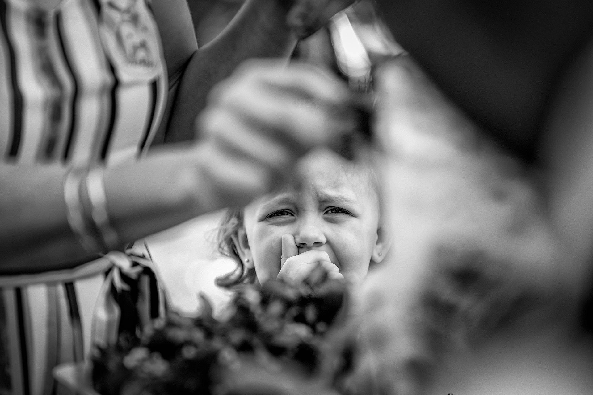 Fotografia de Boda - Foto de sobrina llorando