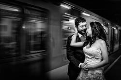 Fotografia de Boda - retrato de novios en el metro de cdmx