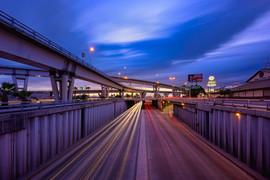 Azules y Morados en los Puente