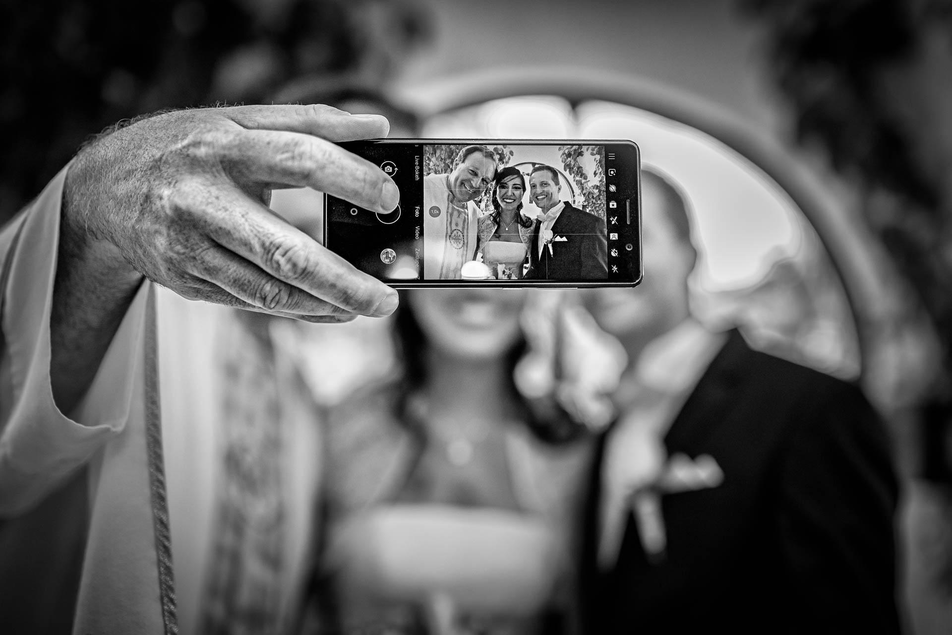 Fotografia de Boda - Foto de selfie del padre con los novios