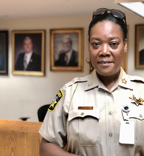 Sheriff_Paula_Dance_Pitt_County_Lobby_20