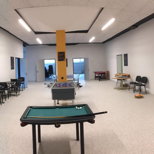 UG mit Spielhalle
