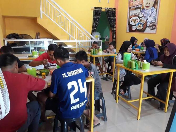 www.bakso-kaget.com News: Siswa SD dan SMP Bersaing Rakit Robot untuk Mencegah Banjir