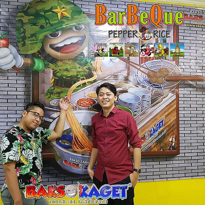 www.baks-kaget.com News: Pengemis Terima Uang Lewat WeChat