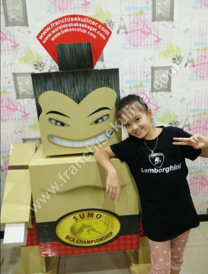 Mascot Lucky Danbo Bakso Kaget 6.jpg