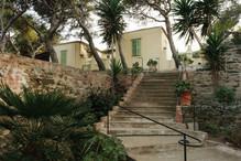 Manna Farmhouse