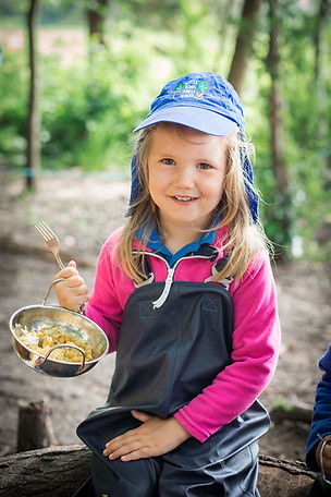 forest-school-child-food-outdoors.jpg