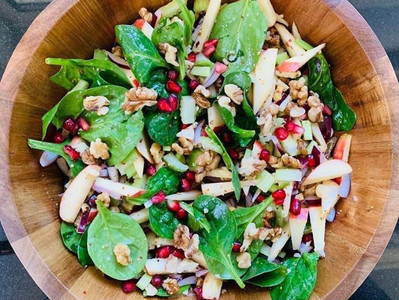 APPLE & WALNUT SALAD (Vegan option)