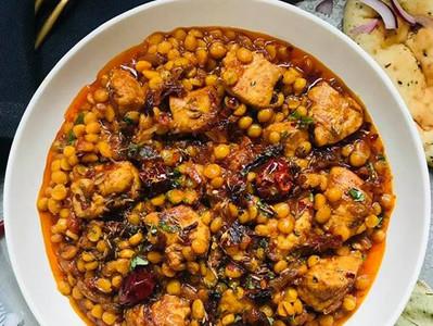 DAL MURGH (Dal Chicken Curry)