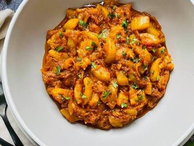 TORAI KI SABZI (Vegan Courgette Curry)