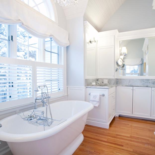 Bright & Airy Master Bath