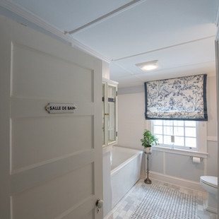 Third Floor Bath with Elegant Flair