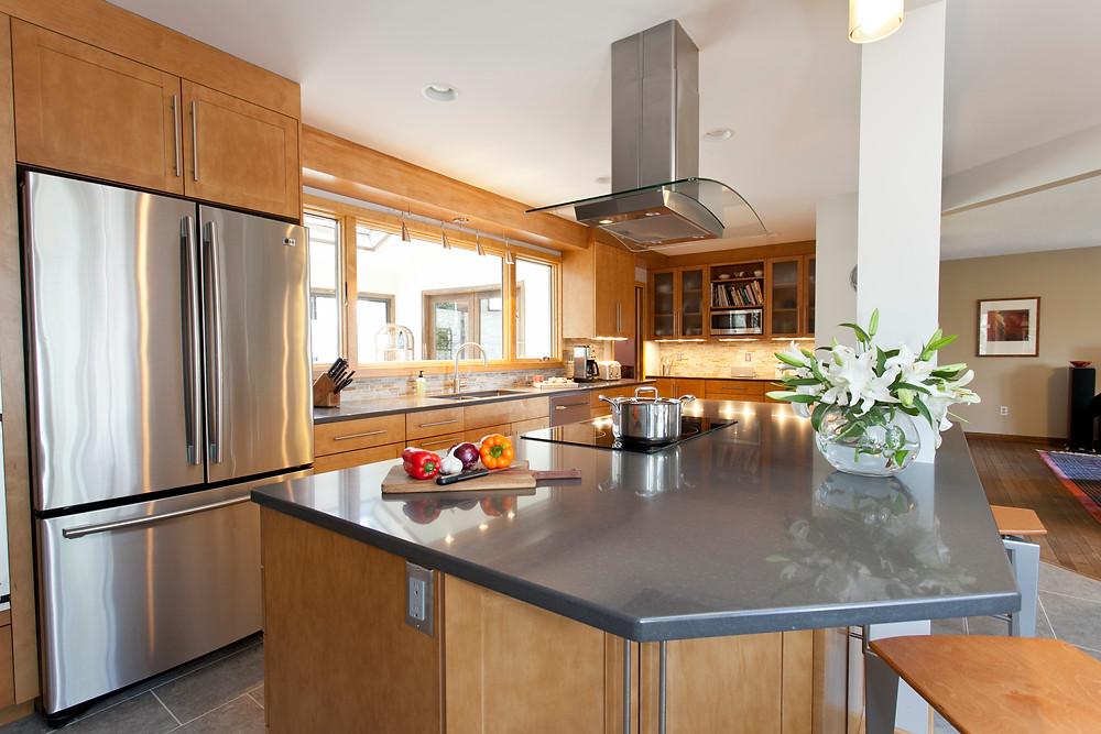 Contemporary style kitchen wood cabinets quartz countertops