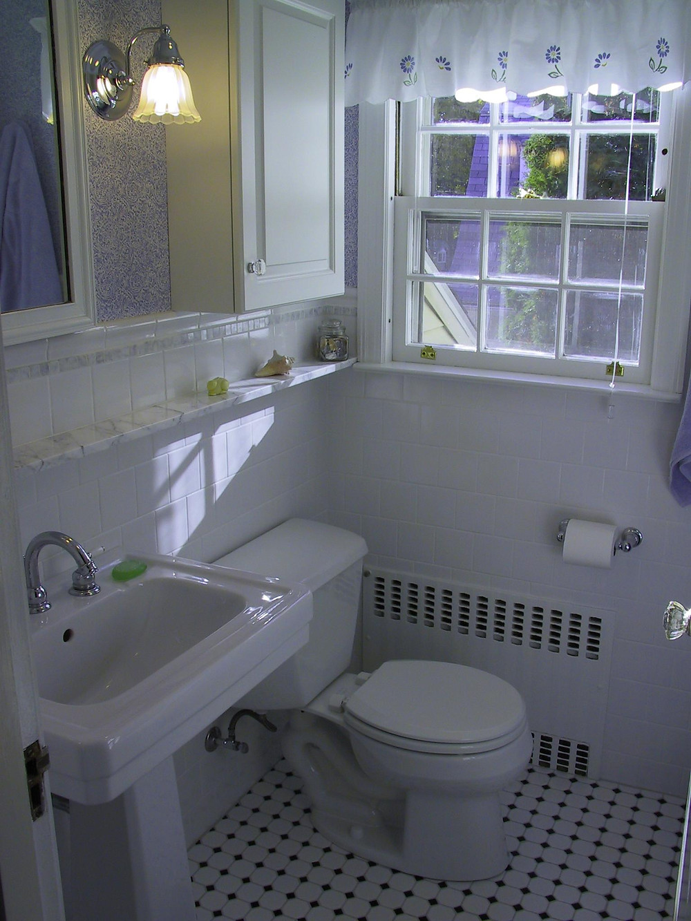 Blue and white calming bathroom tiled walls