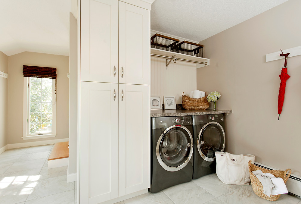 Laundry room with cabinetry and countertop