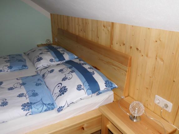 Schlafzimmer FWO (1).JPG