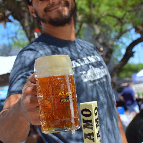 Our beer hall & garden is open to the public Thursday- Sunday.   We always have a food truck and several styles of Alamo Beer on tap. Come out!