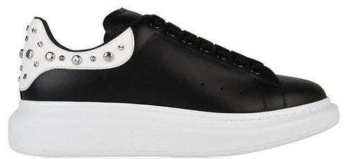 Alexander McQueen Oversized Stud Trainers - Black/White
