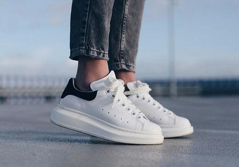 Alexander-McQueen-Oversized-Sneakers-Rev