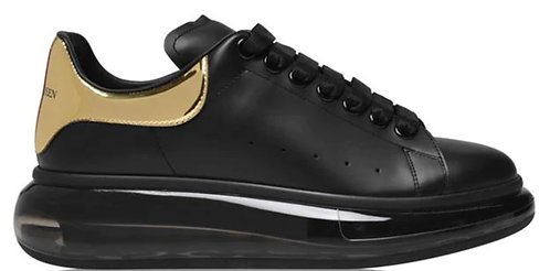 Alexander McQueen Oversized Trainers - Black/Gold