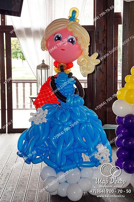 Фигура из шаров Эльза королева