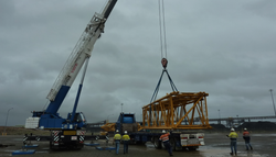 LOADING 650 CRAWLER CRANE