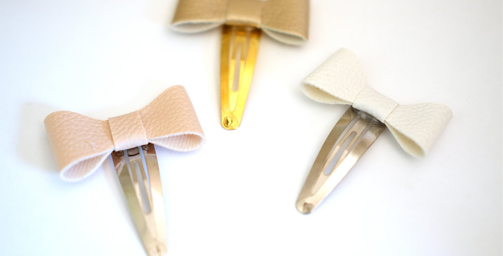 Snap Clip Leatherette
