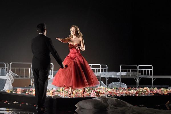 la_traviata_-_ghgh_0.jpg