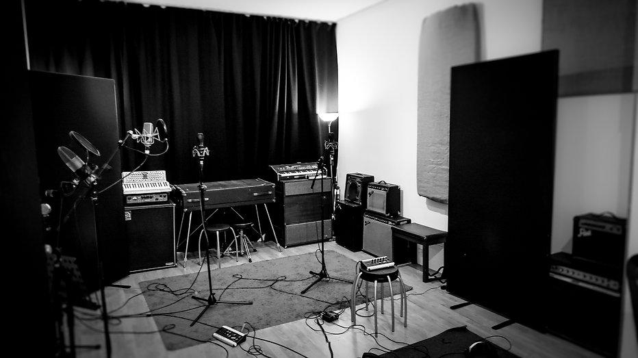 Nigel Stonier Navigate Recording Session