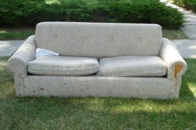 Sofa Wars - 4,811 Views